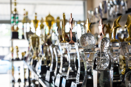 reconocimientos: premios de trofeo para el liderazgo campeón en el torneo Foto de archivo