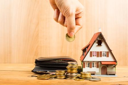 Mortgage loading and calculator property document concept. Foto de archivo