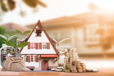 Hypotheek laden en onroerend goed document concept voor vastgoed