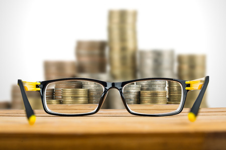 Glasses view vision focus viewpoint for search money