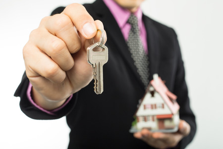 real estate agent: Agent show key real estate to customer .