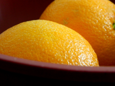 navel orange: side view of navel orange Stock Photo
