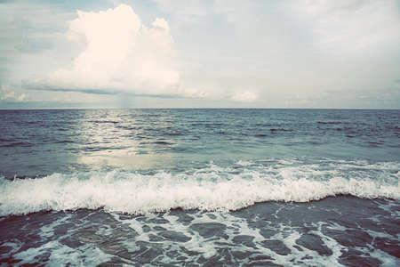 panama city beach: Onde mare e cielo