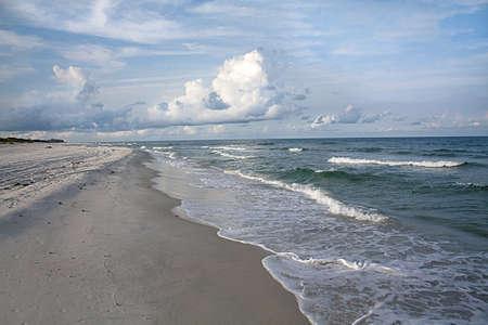 panama city beach: Lungo la spiaggia