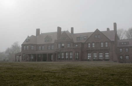 desaturated: Haunting Rhode Island Mansion