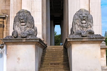 Stone lions at doorway