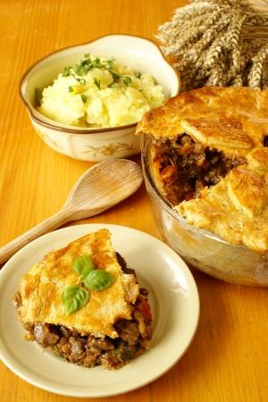 beef stew: Steak and kidney pie