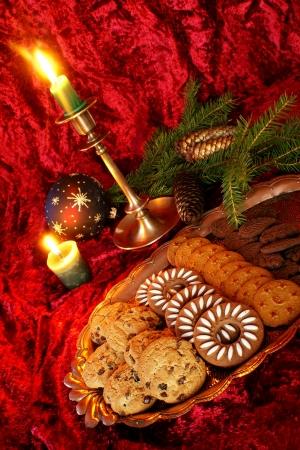 Assorted cookies voor Kerstmis