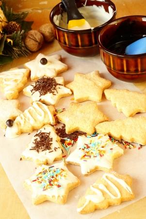 Het voorbereiden kerstkoekjes Stockfoto