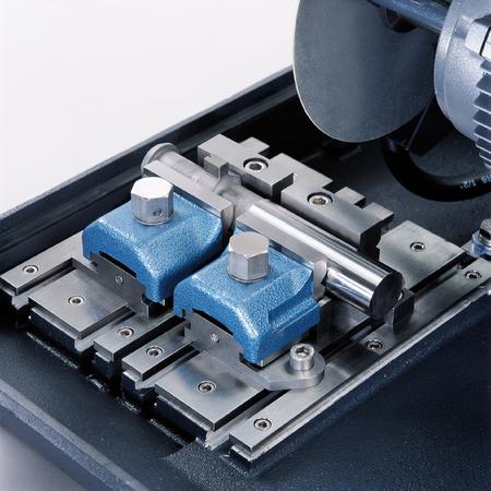 Cutting machine, industrial equipment