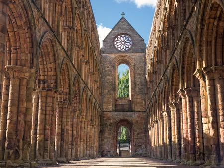 The ruins of Jedburgh Abbey in the Scottisch Borders region in Scotland