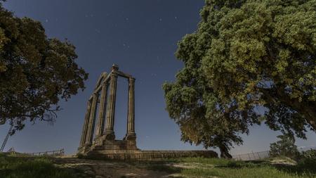 extremadura: Night image of ancient Roman ruins in Extremadura Stock Photo