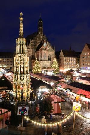 Christkindlesmarkt in Nürnberg/Nürnberg, Deutschland Standard-Bild - 9743743