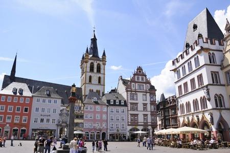 main market: Market Place principale a Trier in Germania