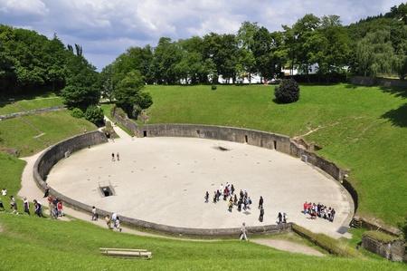 Amfiteatr w Trier, Niemcy Publikacyjne