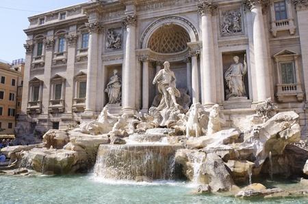 Trevi-Brunnen - Rom, Italien Editorial
