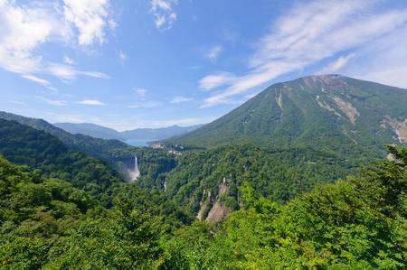 Jezioro Chuzenji i Kegon Wodospad w Nikko w Japonii
