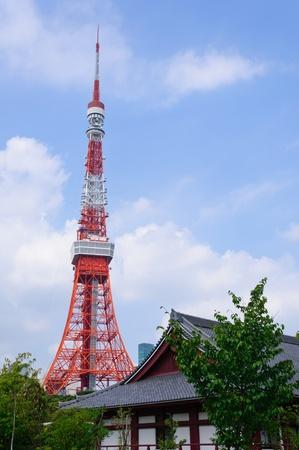 Tokyo Tower und Zojo-ji-Tempel in Tokio, Japan Lizenzfreie Bilder - 10801504