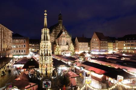 Christkindlesmarkt in Nürnberg, Deutschland Standard-Bild - 11165863