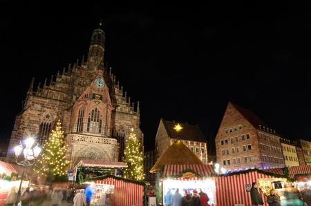 beauty fountain: Christkindlesmarkt  Christmas market  in Nuremberg, Germany Stock Photo