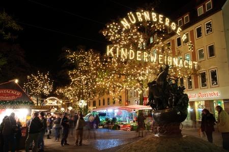 Weihnachtsbeleuchtung in Nürnberg, Deutschland