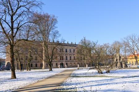 garten: Schloss garten in Winter in Erlangen, Germany