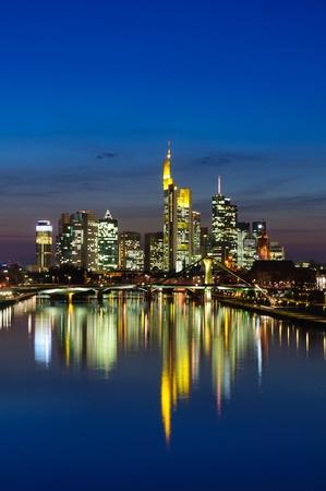 Frankfurt am Main, Germania, nel crepuscolo