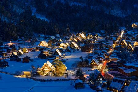 歴史的な村の白川郷冬 写真素材