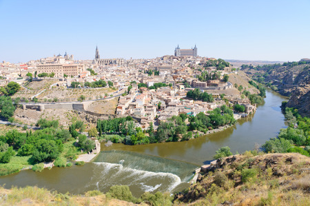 Die historische Stadt Toledo in Spanien Standard-Bild - 29669877