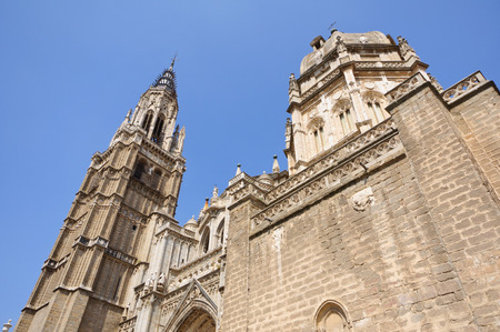 Die Kathedrale in der historischen Altstadt von Toledo in Spanien