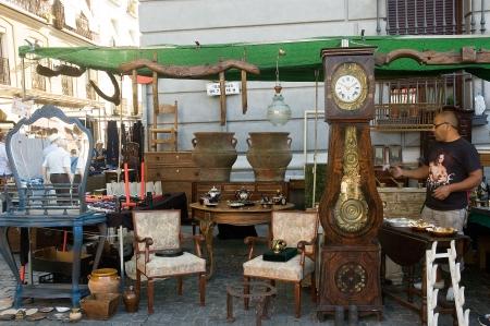 resale: El Rastro street market, Madrid, Spain