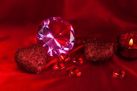 diamond shaped: Valentine decoration hearts with a diamond shaped glass