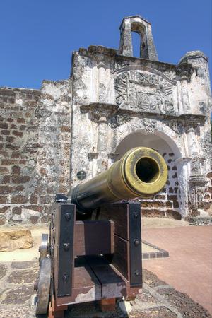 discoveries: Porta de Santiago, A Famosa, Malacca, Malaysia