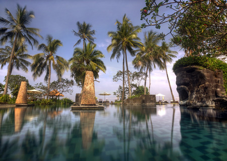Lombok, Indonesia, 2 June 2014 - Swimming pool of Sheraton Senggigi, Lombok  新聞圖片