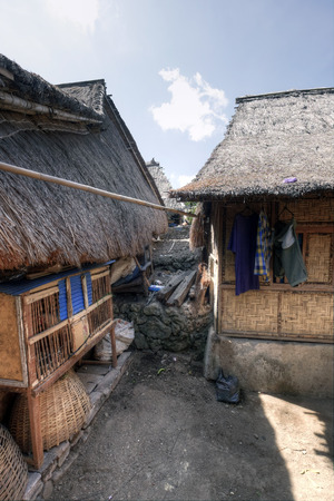 Lombok, Indonesia, 1 June 2014 - Sasak village houses 新聞圖片