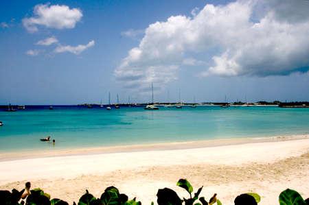 simpson: Simpson Bay Saint Martin beach scene