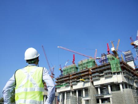 topografo: Trabajador de la construcción
