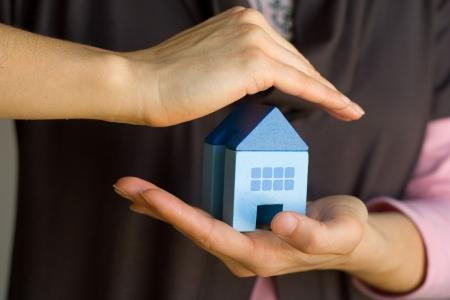 makelaardij: Sleep de veiligheid van deze woning is zeer goed beveiligd (focus op het huis)