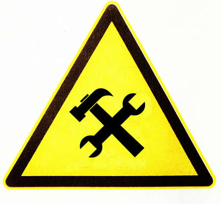 symbole: triangle with carpenters sign