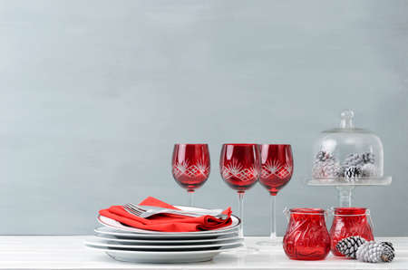 Modern Christmas Decoration Table Display With Crockery And