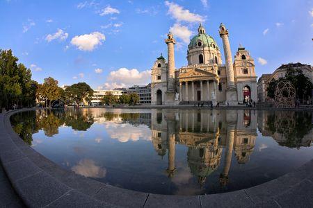 st charles: Foto Cattedrale di San Carlo (Karlskirche) a Vienna, Austria.