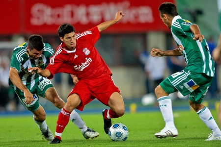 VIENNA,  AUSTRIA - JULY 19 Friendship game between SK Rapid and Liverpool FC: Striker Danny Pachello (#11, Liverpool) and his team lose 1:0 on July 19, 2009 in Vienna, Austria. Stock Photo - 8448826