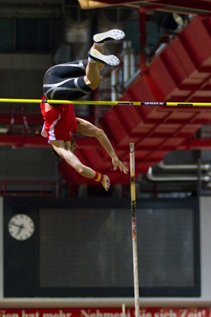 VIENNA,  AUSTRIA - FEBRUARY 2 Indoor track and field meeting. Paul Walker (Wales) places 3rd in the men's pole vault event on February 2, 2010 in Vienna, Austria. Stock Photo - 8465337