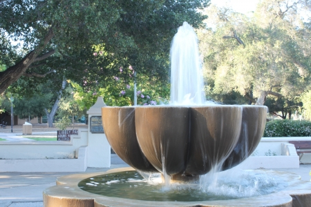 Water fountain in the middle of Ojai, California