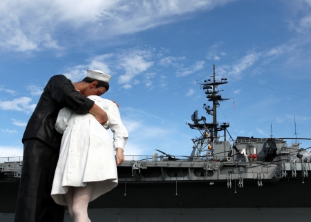 San Diego, CA - FEBRUARY 16 :  WWII Kiss statue returns February 16, 2013 in San Diego, CA.  Editorial