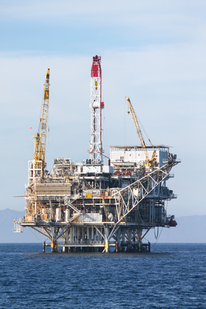 Oil Rig in the chanel island near Ventura California. Stock Photo - 25998471