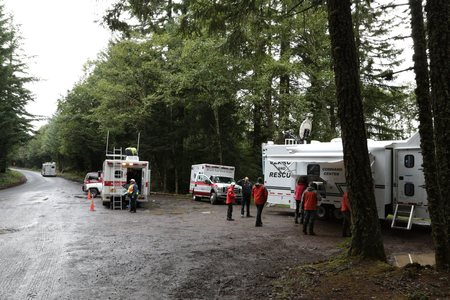 A search and rescue base, during a search for a lost mushroom hunter in northwest Oregon. Sajtókép