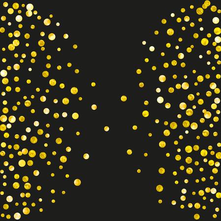 Złoty brokat konfetti kropki na na białym tle. Opadające cekiny z błyszczącymi błyskami. Projekt ze złotymi brokatowymi kropkami na zaproszenie na imprezę, baner na imprezę, ulotkę, kartkę urodzinową.