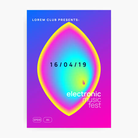 Summer music. Fluid holographic gradient shape and line. Electronic sound. Night dance lifestyle holiday. Geometric electro concert brochure design. Fest poster and flyer for summer music. Vettoriali