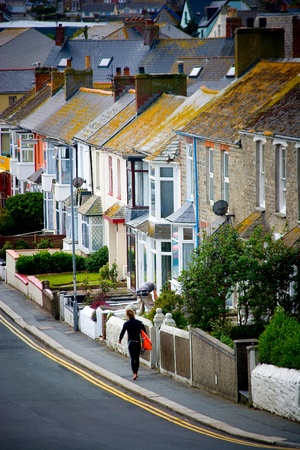 residential neighborhood: Casas en una fila